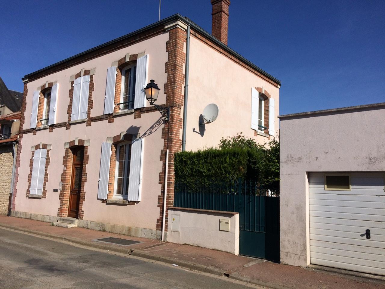 Good les biens similaires pour vente maison chartres with for Location maison chartres de bretagne